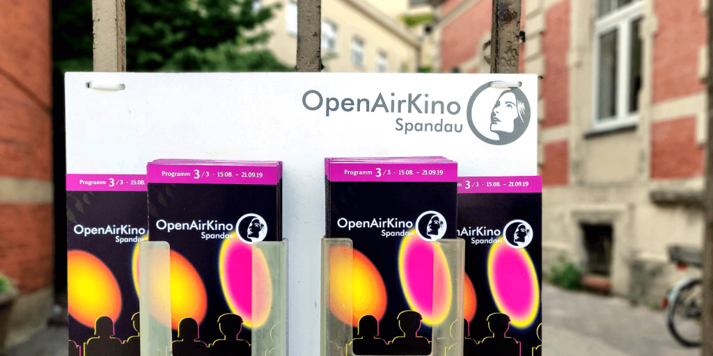 Flyer des OpenAirKino Spandau am Hoftor
